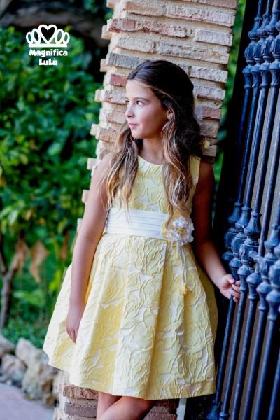 vestido ceremonia amarillo precioso con lazo blanco